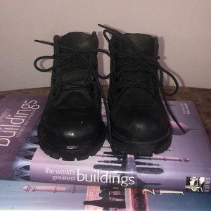 Size 7 Black Timberland Boot